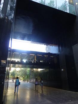ひとり旅7バルセ建築04.jpg