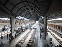 セビリアの駅01.jpg