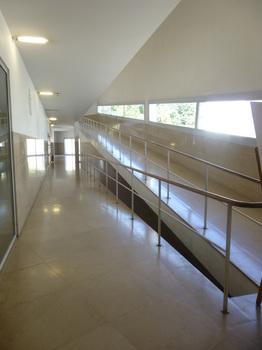 旅7建築ポルト大学22.jpg